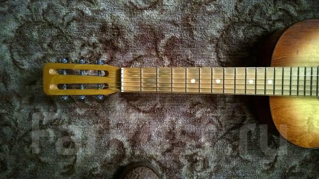 Продам гитару. шести струнная, русская