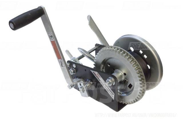 Лебедка ручная Rock- стопор, тормоз, 2 скорости, фал 6м, 1135 кг