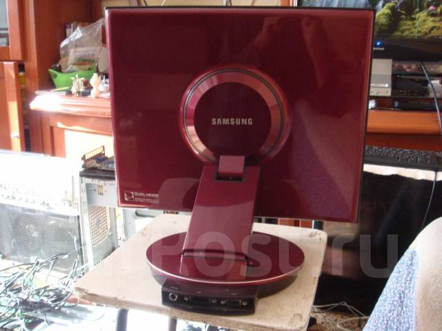 "Samsung SyncMaster 173P. 17"" (43 см), технология LCD (ЖК)"