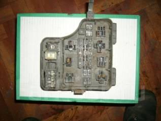 Блок предохранителей под капот. Toyota Carina, AT191 Двигатель 7AFE