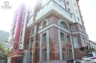 Продается трехэтажное помещение на Бестужева. Улица Бестужева 26а, р-н Эгершельд, 911 кв.м. Дом снаружи