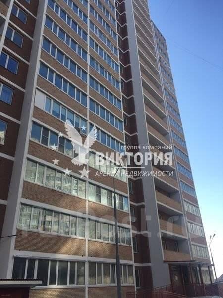 3-комнатная, улица Черняховского 9. 64, 71 микрорайоны, агентство, 80 кв.м. Дом снаружи