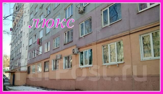 Гостинка, улица Надибаидзе 32. Чуркин, агентство, 18 кв.м. Дом снаружи