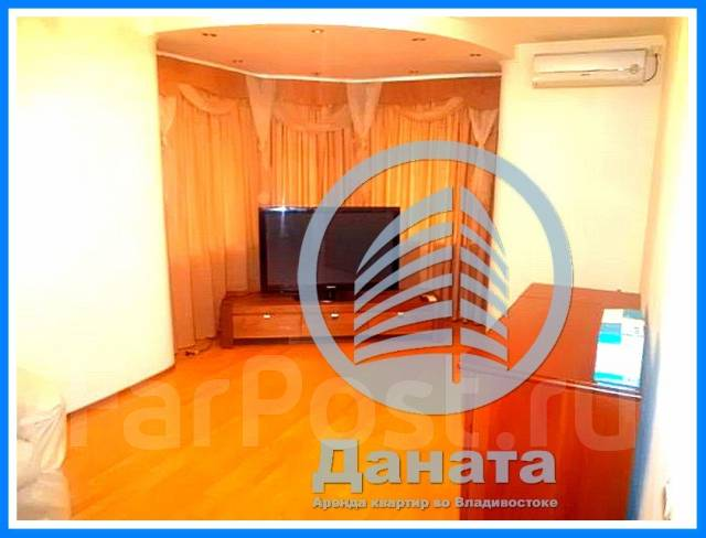 2-комнатная, улица Авроровская 24. Центр, агентство, 65 кв.м. Комната