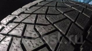 Bridgestone Blizzak DM-Z3. Всесезонные, 2006 год, износ: 50%, 2 шт