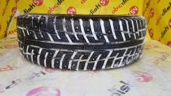 Kumho I'Zen KW22. Зимние, шипованные, 2013 год, износ: 10%, 1 шт