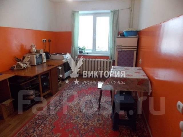 2-комнатная, улица Анны Щетининой 28. Снеговая падь, проверенное агентство, 54 кв.м.