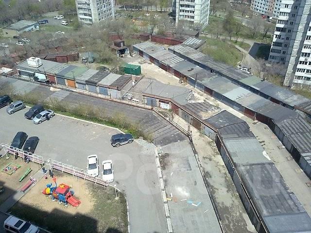Сдам торгово-офисное помещение под любой вид деятельности. 80 кв.м., улица Чкалова 30, р-н Вторая речка. Вид из окна