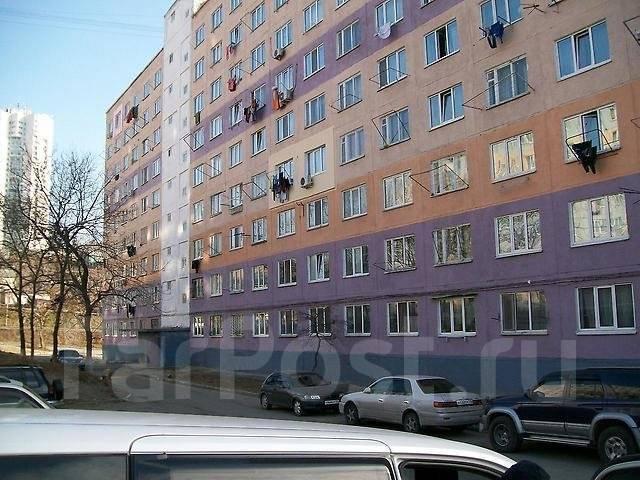 Гостинка, улица Надибаидзе 34. Чуркин, частное лицо, 24 кв.м. Дом снаружи