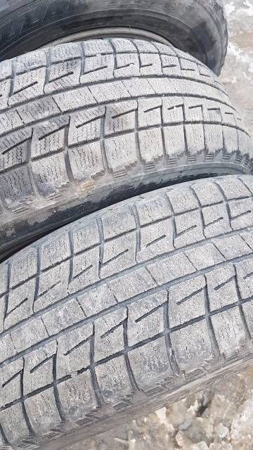 Колёса Bridgestone Blizzak Revo-195/65/15 с литьём Toyota. 7.0x15 5x114.30 ET45 ЦО 60,0мм.