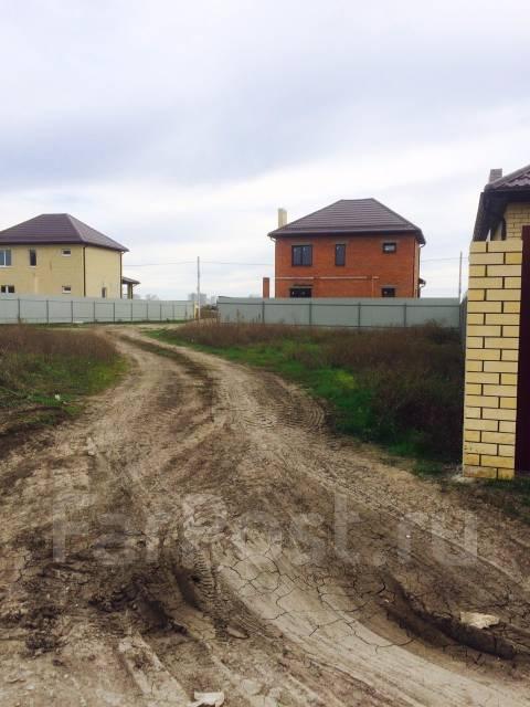Продаю Земельный участок в Краснодаре (п. Северный, ул. 3-я Трудовая). 400 кв.м., собственность, электричество, вода, от частного лица (собственник)