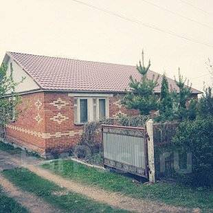 Дом в отличном состоянии. П. Ленинский, ул. Полевая, р-н ленинский, площадь дома 120 кв.м., централизованный водопровод, электричество 20 кВт, отопле...