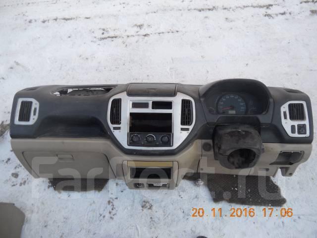 Панель приборов. Mitsubishi Dingo