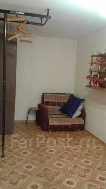 2-комнатная, улица Кирова 44. Вторая речка, частное лицо, 45 кв.м.