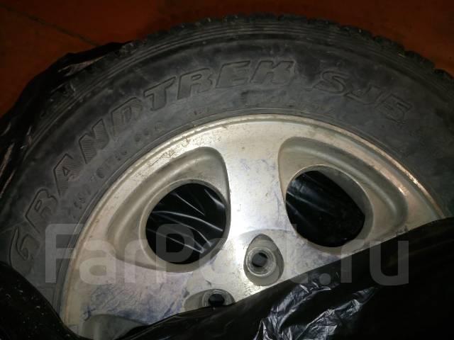 Продам зимние колёса Grandtrek R16 во Владивостоке. x16