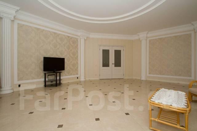 Прекрасный, современный дом по индивидуальному дизайнерскому проекту. Богатырская, р-н Знаменский, площадь дома 400 кв.м., от агентства недвижимости...