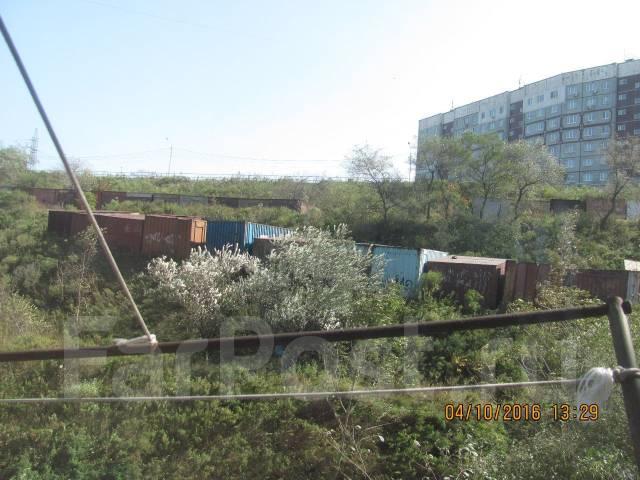 Гостинка, улица Адмирала Кузнецова 44а. 64, 71 микрорайоны, агентство, 14 кв.м. Вид из окна днём