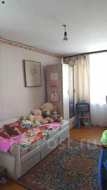 3-комнатная, улица Космонавтов 21. Тихая, проверенное агентство, 61 кв.м.