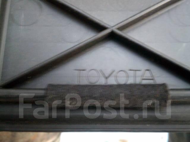 Панель пола багажника. Toyota Funcargo, NCP25 Двигатель 1NZFE
