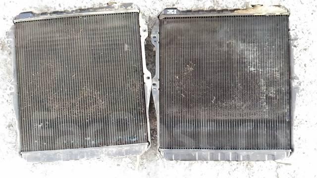 Радиатор охлаждения двигателя. Toyota Hilux Surf, KZN130W Двигатель 1KZTE