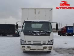 Isuzu NQR. Грузовой фургон , 3 000 куб. см., 3 835 кг.
