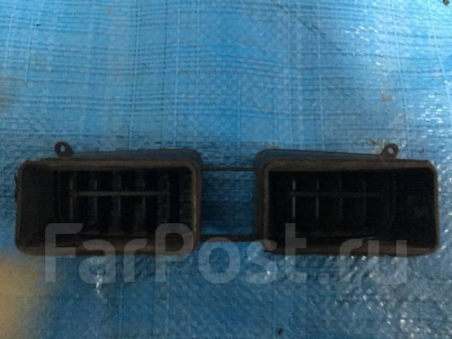 Решетка вентиляционная. Subaru Forester, SG5, SG9, SG9L
