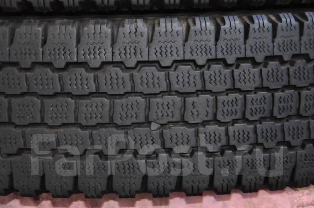 Bridgestone Blizzak W965. Зимние, без шипов, 2002 год, износ: 30%, 2 шт
