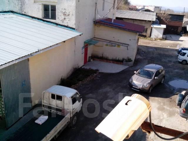 Продам здание мастерской. Улица Вострецова 36а, р-н Столетие, 300 кв.м. Вид из окна