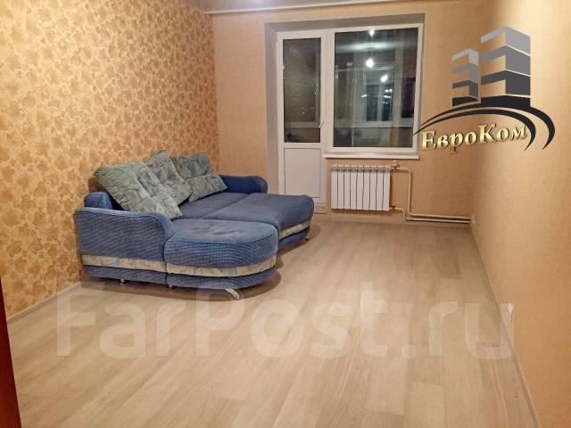 1-комнатная, улица Черняховского 9. 64, 71 микрорайоны, агентство, 50 кв.м. Комната