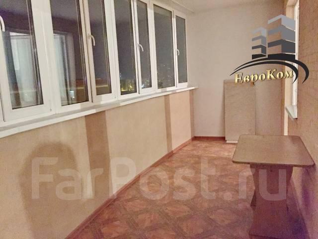 1-комнатная, улица Черняховского 9. 64, 71 микрорайоны, агентство, 50 кв.м.