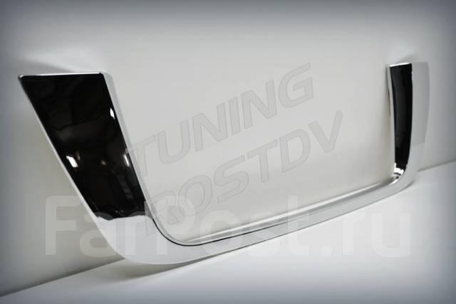 Хромированная накладка под номер Land Cruiser 200 хром рестайлинг. Toyota Land Cruiser, UZJ200W, J200, VDJ200, URJ202W, GRJ200, URJ200, URJ202, UZJ200