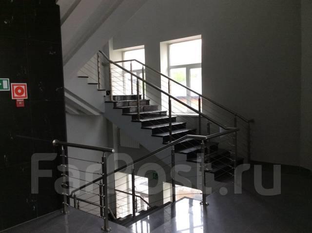 Офисное помещение в центре - 163 кв. метра. 163 кв.м., проспект Океанский 18, р-н Центр