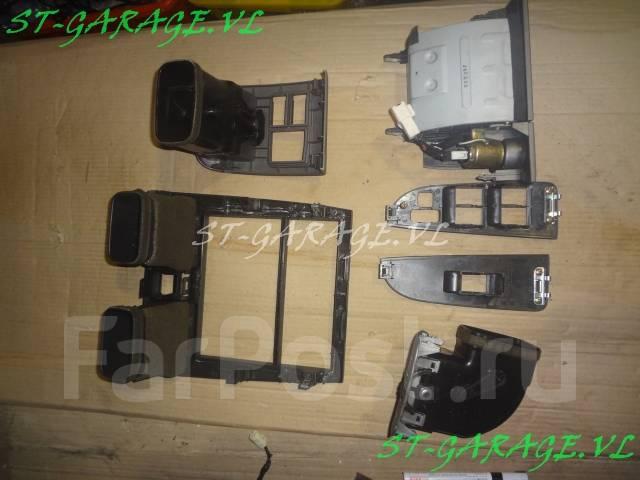 Консоль центральная. Toyota Caldina, ST215, AT211, ST210, CT216 Двигатели: 7AFE, 3SGTE, 3CTE, 3SGE, 3SFE
