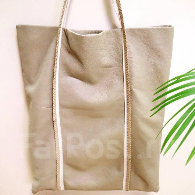 b5c819b5382d Продам кожаную сумку-пакет - Аксессуары и бижутерия во Владивостоке