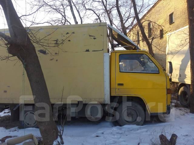 Isuzu Elf. Продается грузовик, 3 600 куб. см., 2 000 кг.