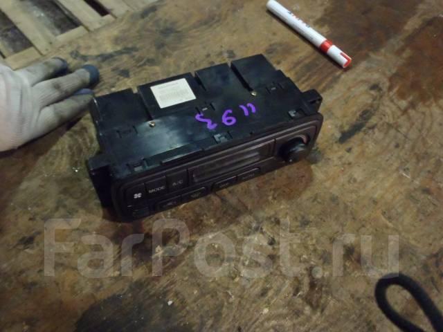 Блок управления климат-контролем. Suzuki Escudo, TD62W Двигатель H25A