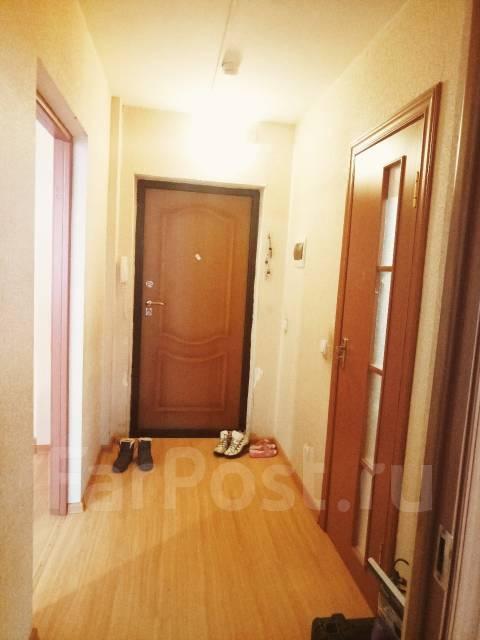 """1-комнатная, улица Ушакова 20. Междуречье, рядом бывший """"ТМК"""", агентство, 36 кв.м. Прихожая"""