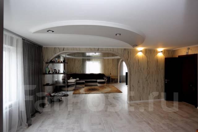 Продается дом 2 этажа, 150 кв. м, Полностью Обжитый Под Ключ в Артеме. Улица Волочаевская 1, р-н Центр, площадь дома 150 кв.м., централизованный водо...