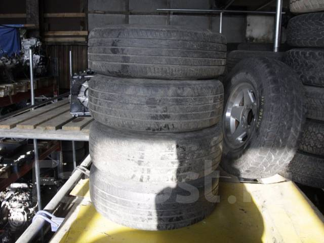 Комплект летних колес 205/70R14. 6.0x14 5x114.30 ET43