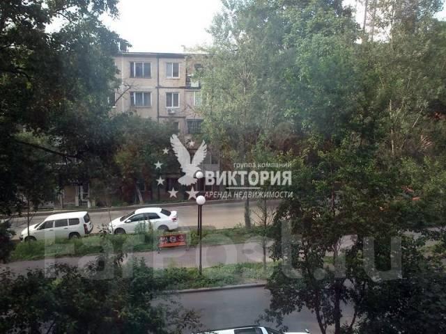 1-комнатная, улица Башидзе 16. Первая речка, агентство, 32 кв.м. Вид из окна днем