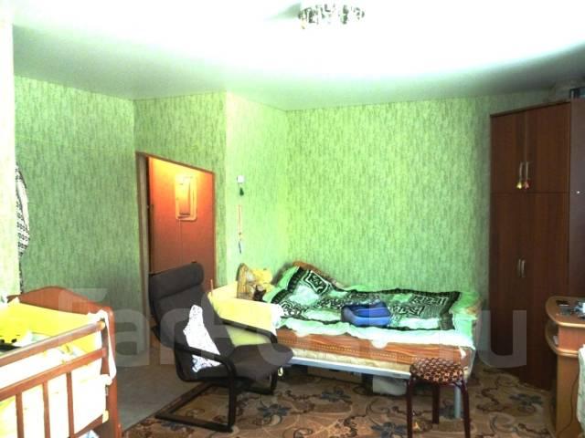 1-комнатная, проспект 50 лет Октября 9к8. 6 км., агентство, 31 кв.м.
