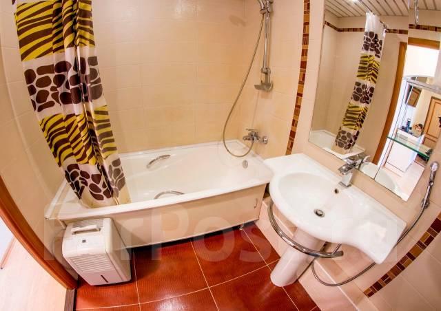3-комнатная, улица Адмирала Кузнецова 92. 64, 71 микрорайоны, частное лицо, 68 кв.м. Ванная