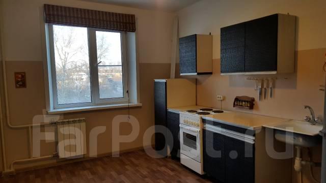 2-комнатная, улица Рабочий Городок 14. Центральный, частное лицо, 67 кв.м.