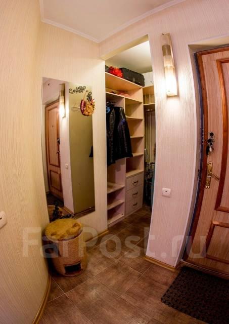 3-комнатная, улица Адмирала Кузнецова 92. 64, 71 микрорайоны, частное лицо, 68 кв.м. Прихожая