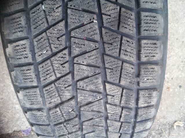 Bridgestone Blizzak DM-V1. Всесезонные, 2011 год, износ: 50%, 2 шт