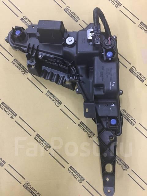 Фара противотуманная. Lexus LX450d Lexus LX570