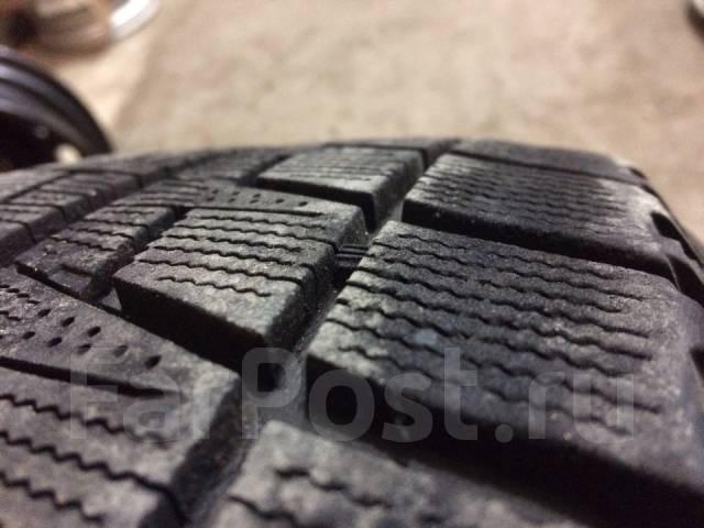 Bridgestone Blizzak Revo2. Зимние, без шипов, 2011 год, износ: 20%, 2 шт