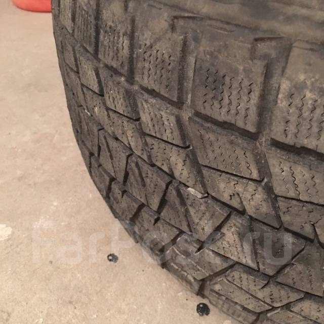 Bridgestone Blizzak. Зимние, 2015 год, износ: 10%, 3 шт