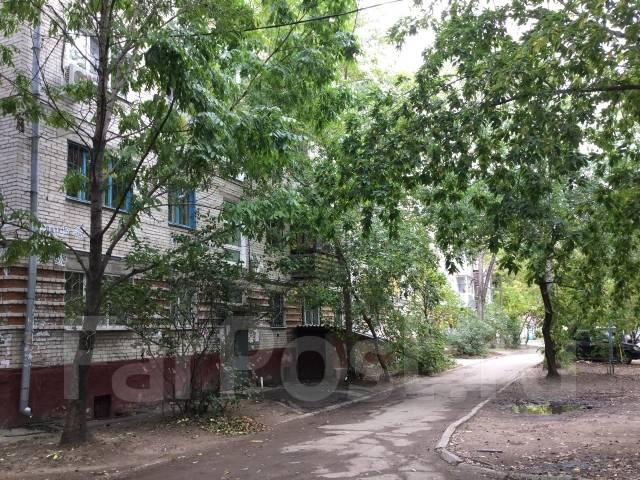 2-комнатная, улица Дикопольцева 72. Центральный, частное лицо, 45 кв.м. Дом снаружи