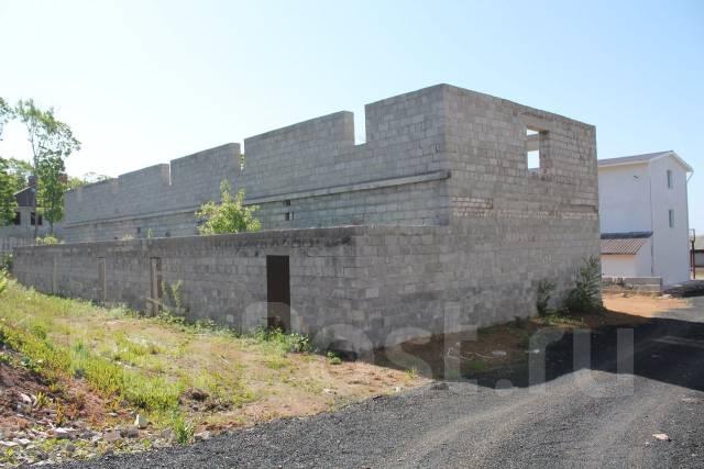 Продаётся участок с 2-х этажным недостроем на берегу моря в г. Фокино. Приморский край, р-н Домашлино, площадь дома 60 кв.м., водопровод, скважина, э...